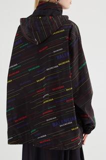 Черный плащ с разноцветными логотипами Balenciaga