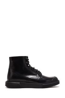 Кожаные ботинки на плоской подошве Prada