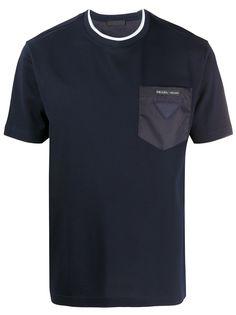 Prada футболка с накладным карманом