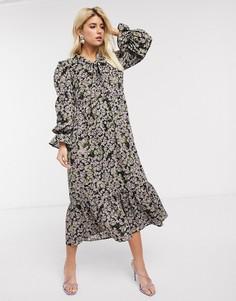Платье макси с длинными рукавами, цветочным принтом и завязкой Never Fully Dressed-Мульти