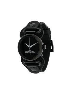 Marc Jacobs Watches наручные часы The Cuff