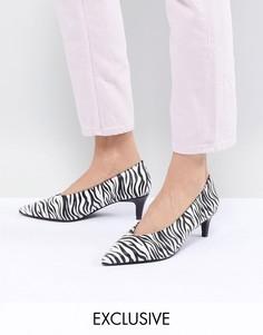 Туфли на каблуке-рюмочке с зебровым принтом Monki-Мульти