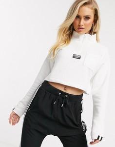 Белый короткий свитшот с высоким воротником adidas Originals