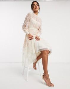 Кремовое ярусное платье миди с вышивкой Needle & Thread-Кремовый