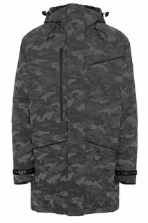 Серая куртка с камуфляжным принтом EA7