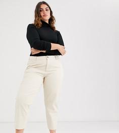 Светло-бежевые джинсы бойфренда свободного кроя ASOS DESIGN Curve-Кремовый