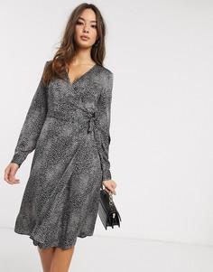 Платье миди с запахом и пятнистым принтом Vero Moda-Мульти