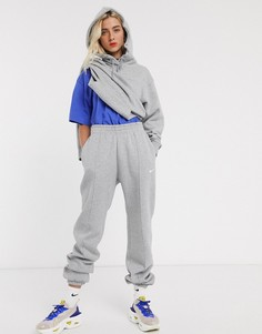 Серые джоггеры oversized Nike-Серый