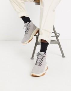Серые замшевые ботинки на массивной подошве ASOS WHITE-Серый