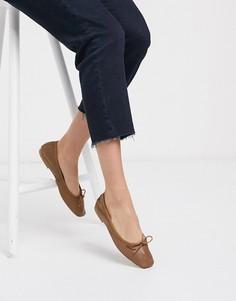 Светло-коричневые кожаные балетки с бантиком ASOS DESIGN-Светло-коричневый
