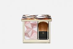 Моделирующая пудра, придающая коже сияние CLE DE Peau Beaute