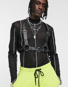 Черная сбруя-бандаж на грудь из искусственной кожи с отделкой заклепками ASOS DESIGN-Черный