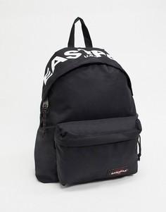 Уплотненный черный рюкзак объемом 24 литра с логотипом Eastpak