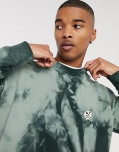 Бледно-зеленый свитшот с круглым вырезом и логотипом Nudie Jeans Co