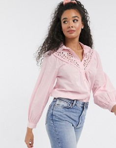 Светло-розовая блузка со вставкой из вырезного кружева New Look-Розовый