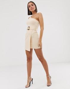 Платье мини на одно плечо с запахом и черепаховой пряжкой ASOS DESIGN-Кремовый