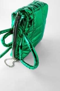 Стеганая сумка-тоут с металлическим блеском Zara