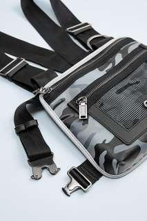 Нагрудная сумка с принтом и карманами Zara