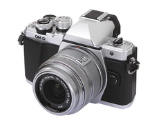Фотоаппарат Olympus OM-D E-M10 Mark II Kit 14-42 mm F/3.5-5.6 II R Silver