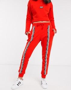Красные джоггеры с отделкой лентой adidas Originals RYV-Красный