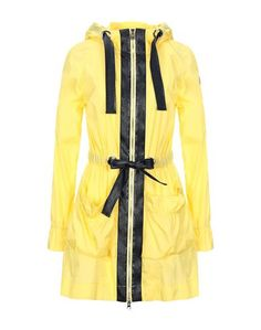 Легкое пальто Trussardi