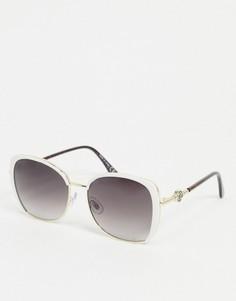 Солнцезащитные очки в белой крупной оправе River Island-Белый