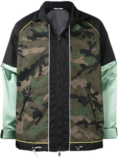 Valentino куртка VLTN с камуфляжным принтом