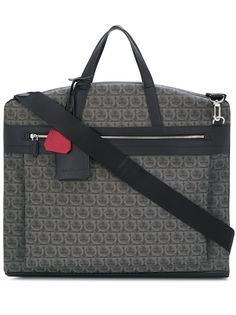 Salvatore Ferragamo дорожная сумка с узором Gancini