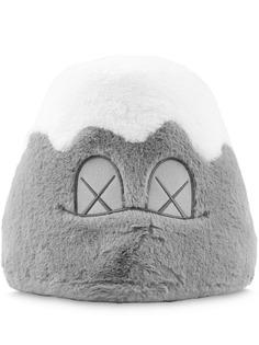 KAWS коллекционная фигурка из плюша Holiday Plush Mount Fuji