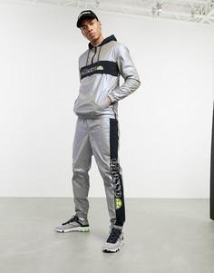 Серые спортивные брюки со светоотражающей отделкой ellesse x Smiley Ranieri-Серый