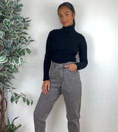 Серые свободные джинсы бойфренда в винтажном стиле ASOS DESIGN Petite-Серый