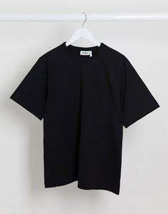 Черная футболка Weekday-Черный