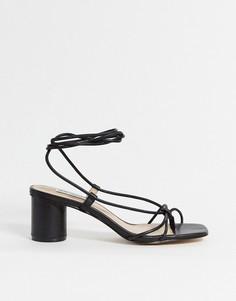 Черные легкие босоножки на среднем каблуке Steve Madden-Черный