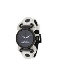 Marc Jacobs Watches наручные часы The Cuff