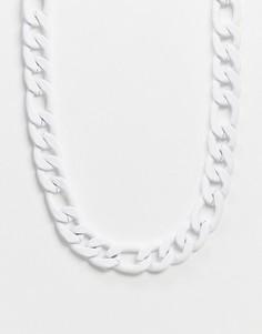 Белое массивное ожерелье с золотистой застежкой Chained & Able-Белый