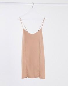 Розовое платье на бретелях Missguided-Розовый