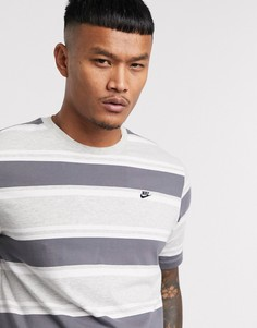 Серая футболка в полоску с логотипом Nike-Серый