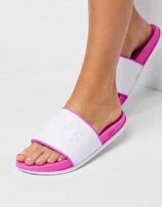 Бело-розовые шлепанцы Nike Offcourt-Белый