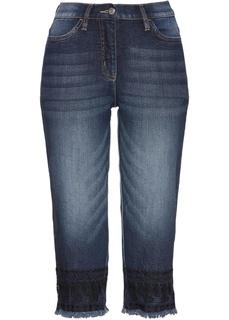 Капри джинсовые с вышивкой Bonprix