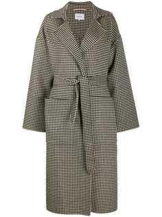 Nanushka пальто в ломаную клетку с поясом