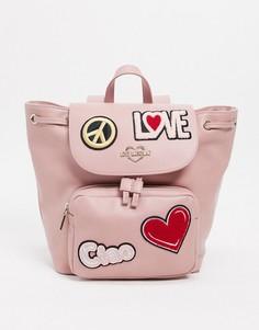 Розовый рюкзак с нашивками Love Moschino