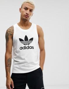 Белая майка с логотипом в виде трилистника adidas Originals-Белый