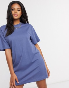 Синее свободное платье-футболкас логотипом-галочкойNike-Темно-синий