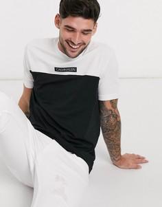 Белая футболка со вставкой колор блок и логотипом Calvin Klein-Белый