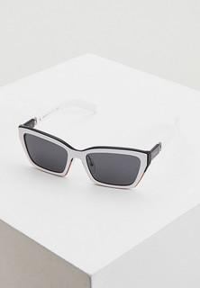Очки солнцезащитные Prada PR 14XS 01C5S0