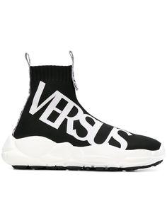 Versus кроссовки с принтом