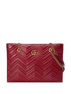 Gucci стеганая сумка-тоут GG Marmont среднего размера