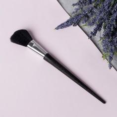 Кисть для макияжа, скошенная, 19,5 см, цвет чёрный Queen Fair