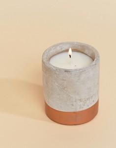Свеча с ароматом бергамота и красного дерева Paddywax Urban Concrete-Мульти