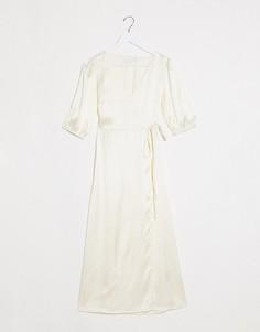 Кремовое атласное платье миди с запахом Vila-Бежевый